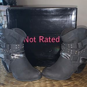 Not Rated Boots Single Dip Grey